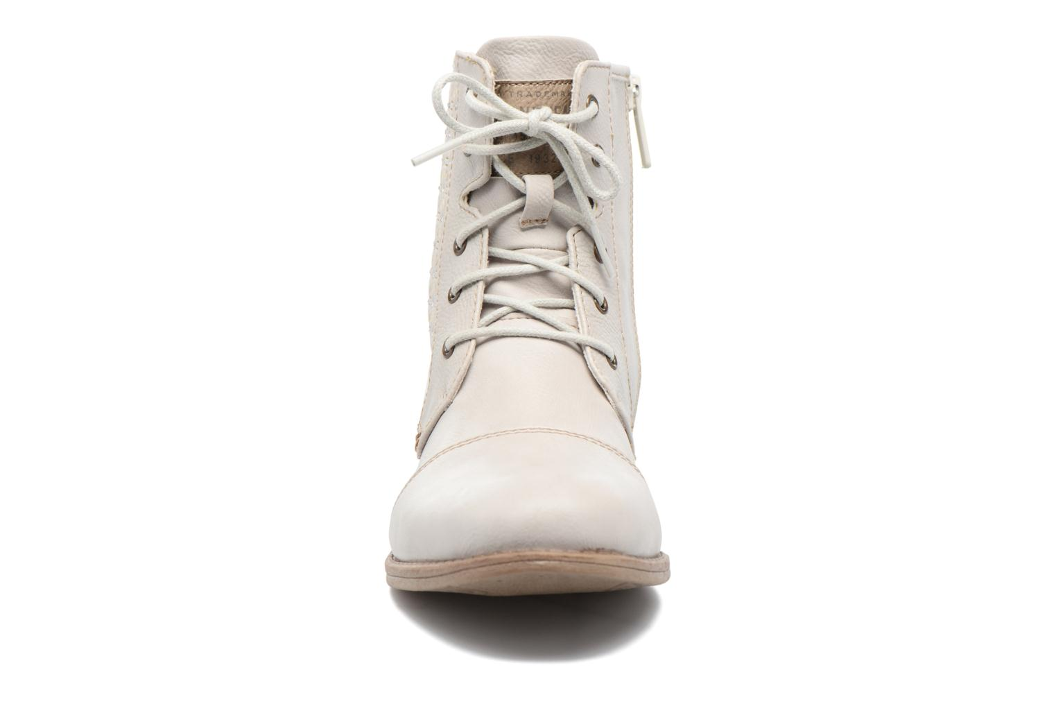 Ankle boots Mustang shoes Chiara Beige model view