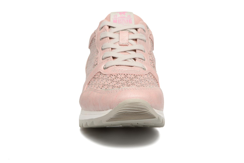 Baskets Mustang shoes Cacilia Rose vue portées chaussures