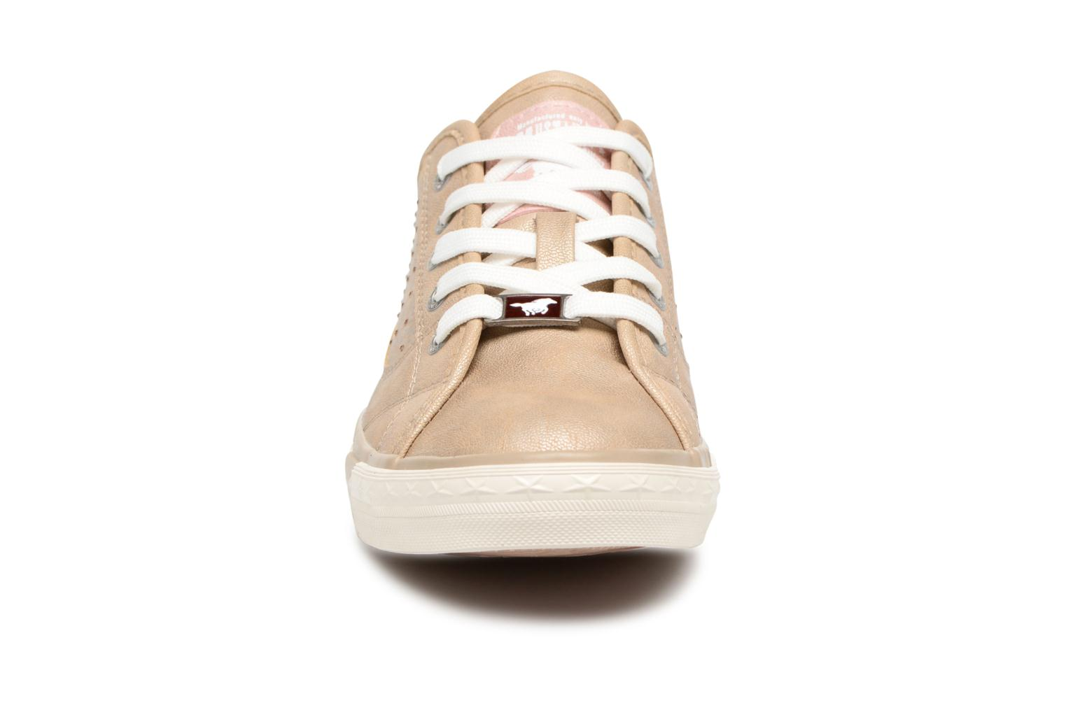 Sneakers Mustang shoes Verena Beige model