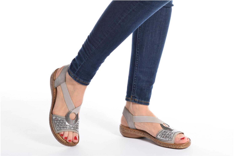 Sandales et nu-pieds Rieker Erna 62809 Argent vue bas / vue portée sac