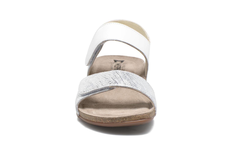 Sandales et nu-pieds Mephisto Agave Blanc vue portées chaussures