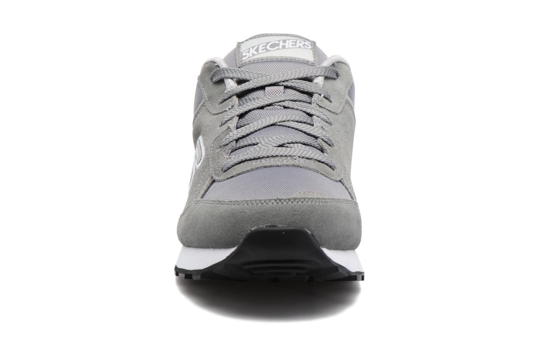 Baskets Skechers OG 82 Gris vue portées chaussures