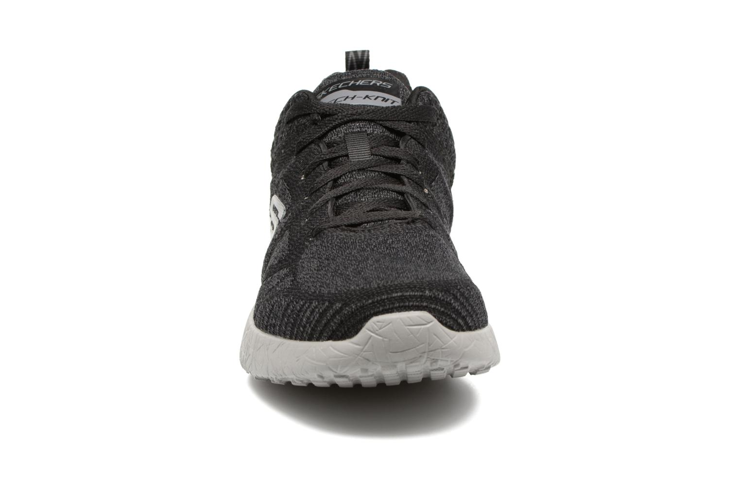 Deportivas Skechers Burst Deal Closer Negro vista del modelo