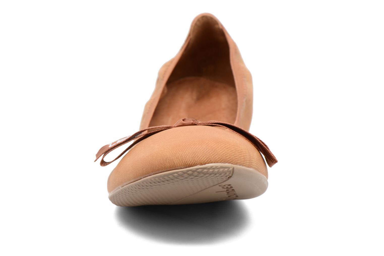 Ballerines Les P'tites Bombes Ella Jeans Marron vue portées chaussures