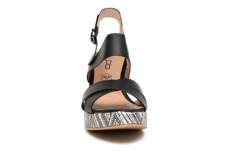 Sandales et nu-pieds Les P'tites Bombes Ondine Noir vue portées chaussures