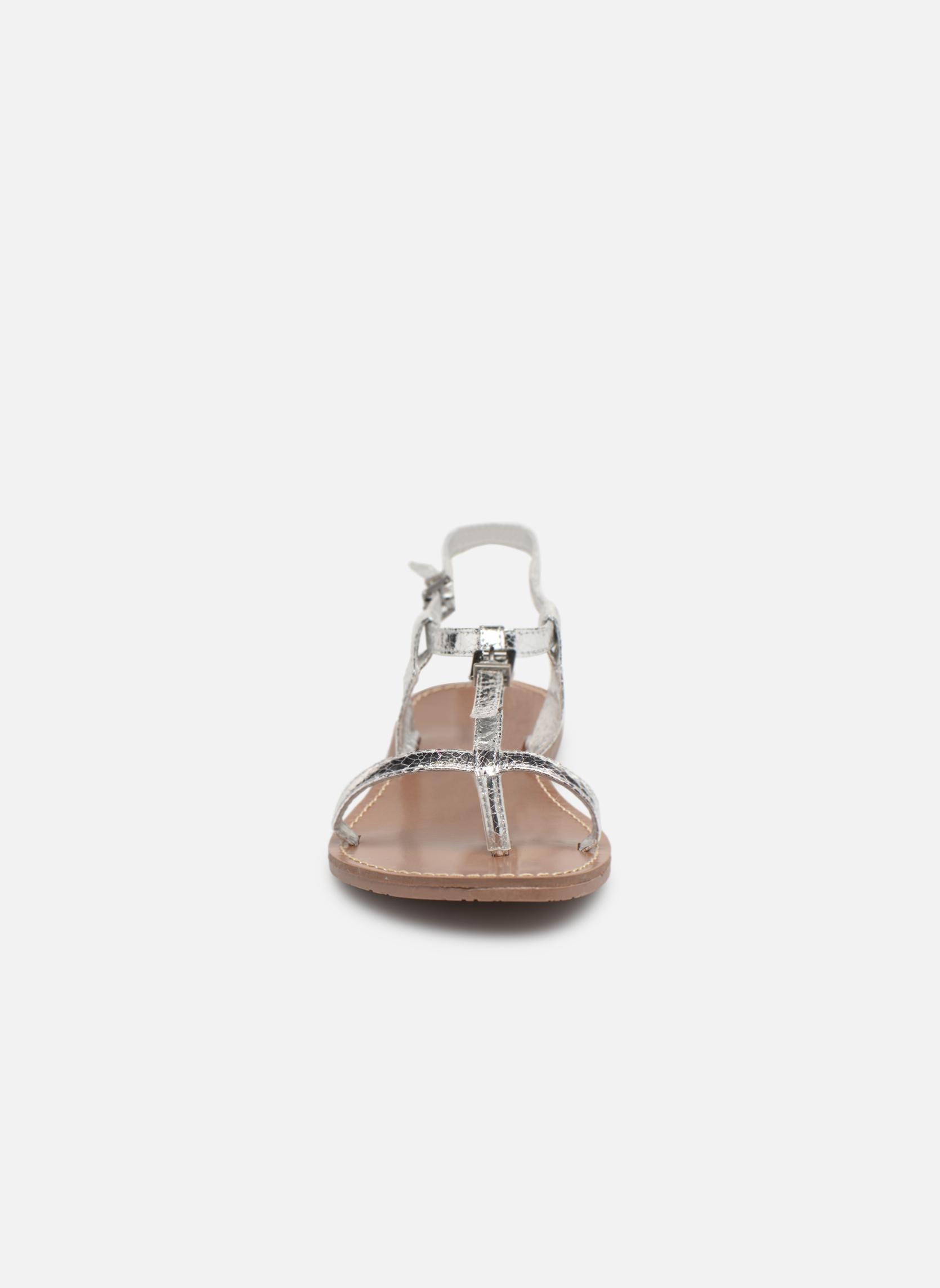 Sandales et nu-pieds Les P'tites Bombes Zhoe Argent vue portées chaussures
