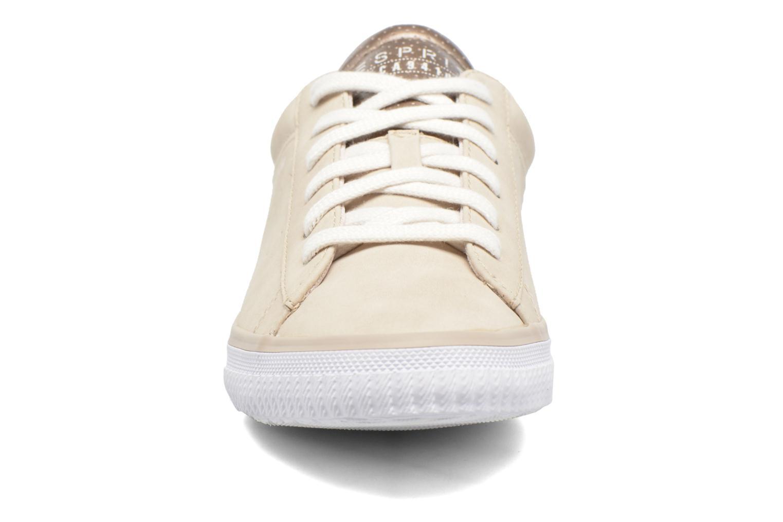 Sneaker Esprit Riata Lace Up beige schuhe getragen