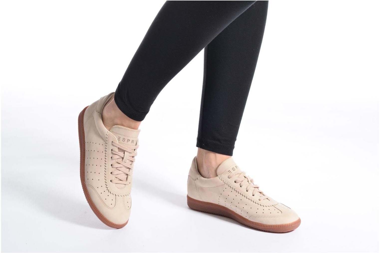 Sneaker Esprit Trainee Lace Up weiß ansicht von unten / tasche getragen
