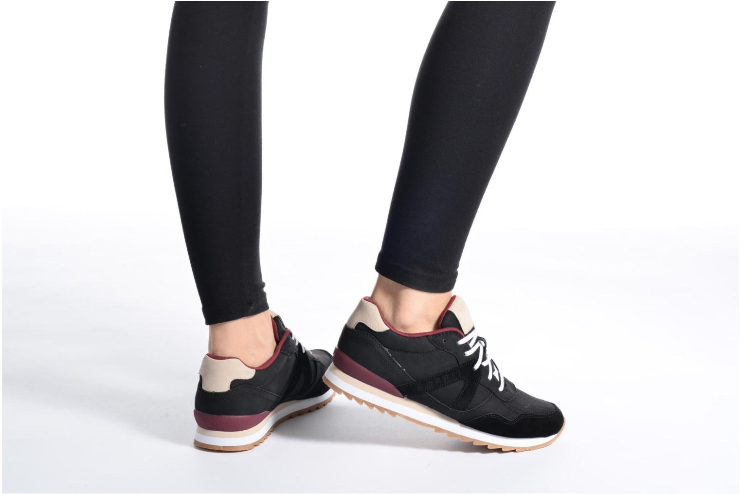Trainers Esprit Astro Lace Up Grey view from underneath / model view