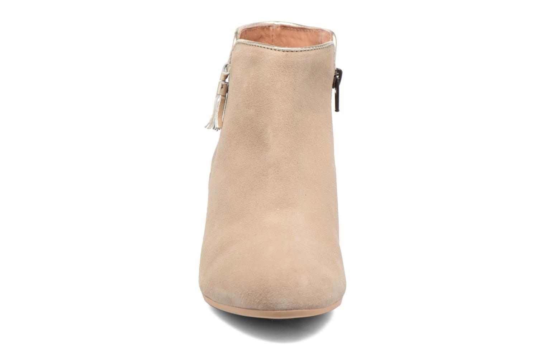 Bottines et boots Georgia Rose Calipo Beige vue portées chaussures