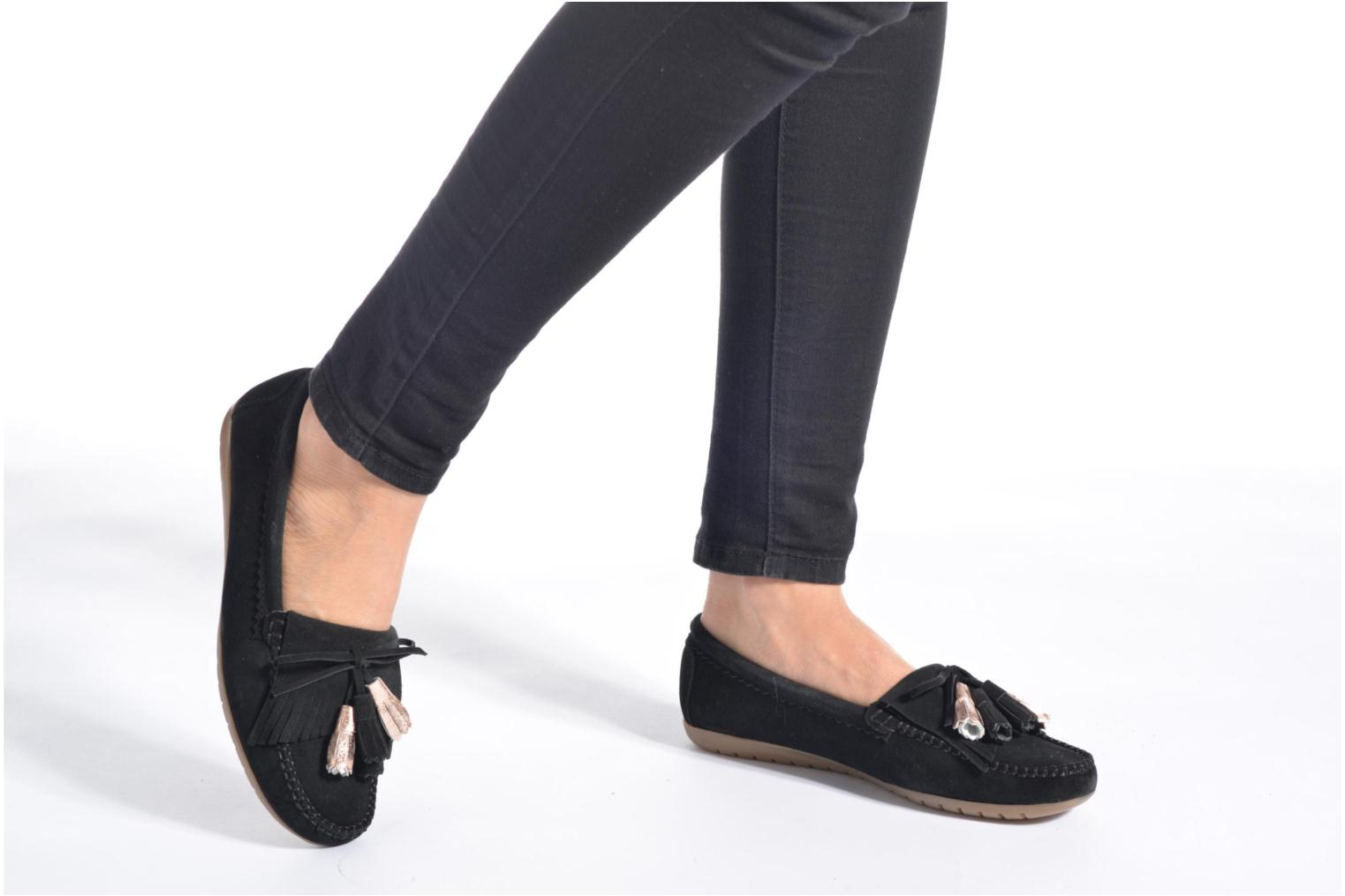Loafers Georgia Rose Retoumi Black view from underneath / model view
