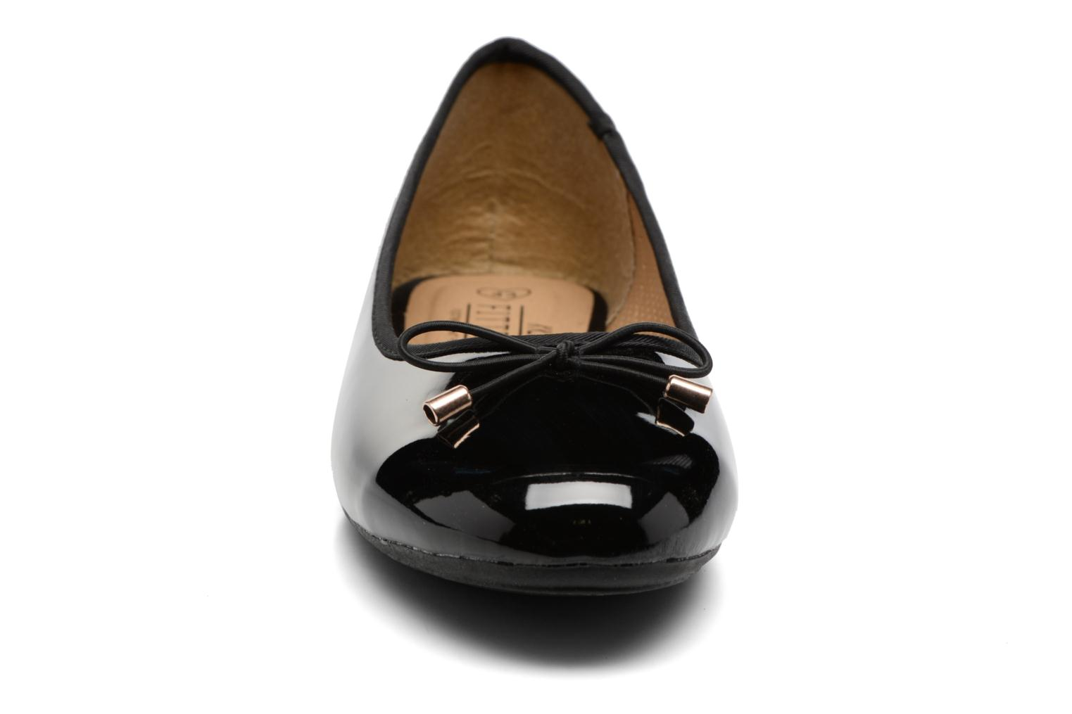 THAVE Size + Black Patent