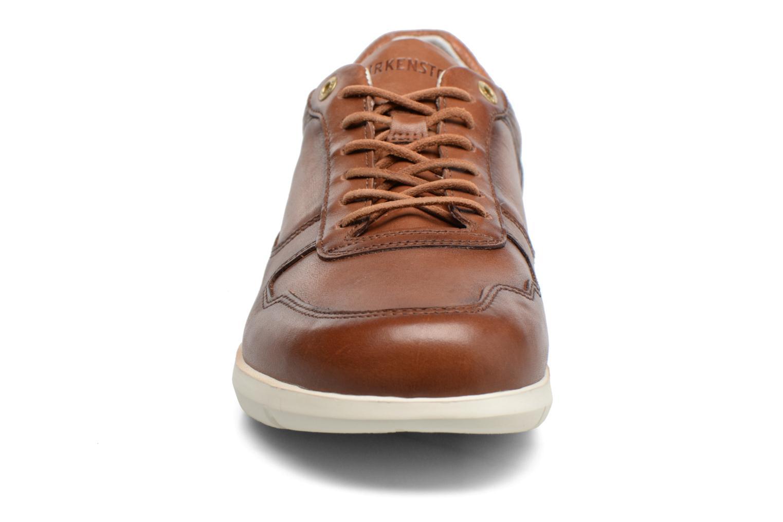 Baskets Birkenstock Cincinnati Marron vue portées chaussures