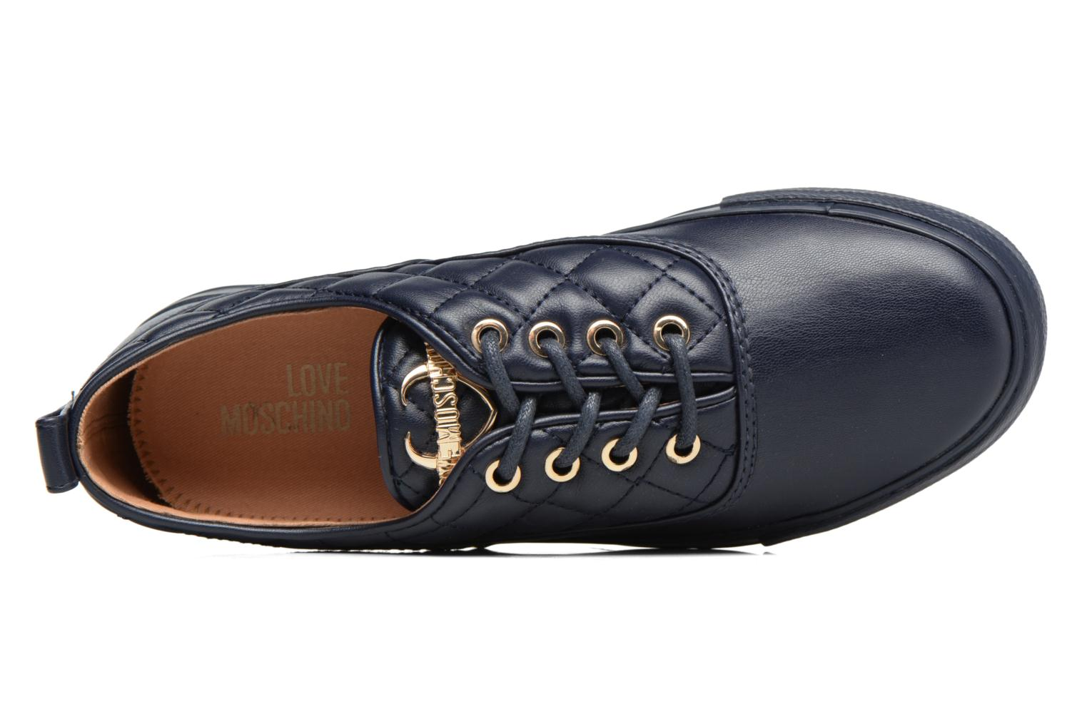 Trainers Love Moschino Superquilted Sneaker Blue view from the left