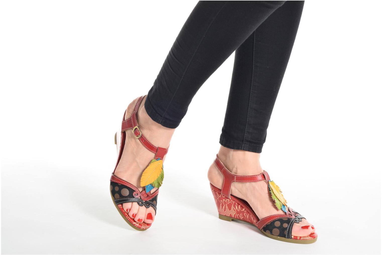Sandales et nu-pieds Laura Vita Veli Rouge vue bas / vue portée sac