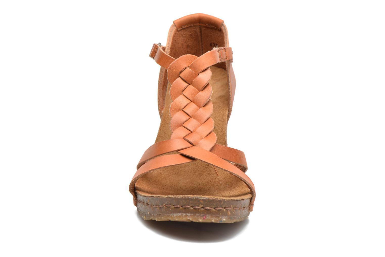 Sandales et nu-pieds Art Valby 438 Marron vue portées chaussures