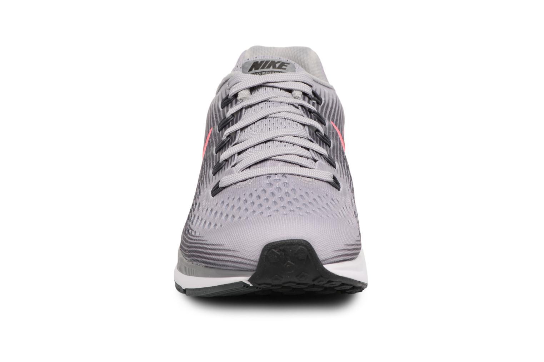 Chaussures de sport Nike Wmns Nike Air Zoom Pegasus 34 Gris vue portées chaussures
