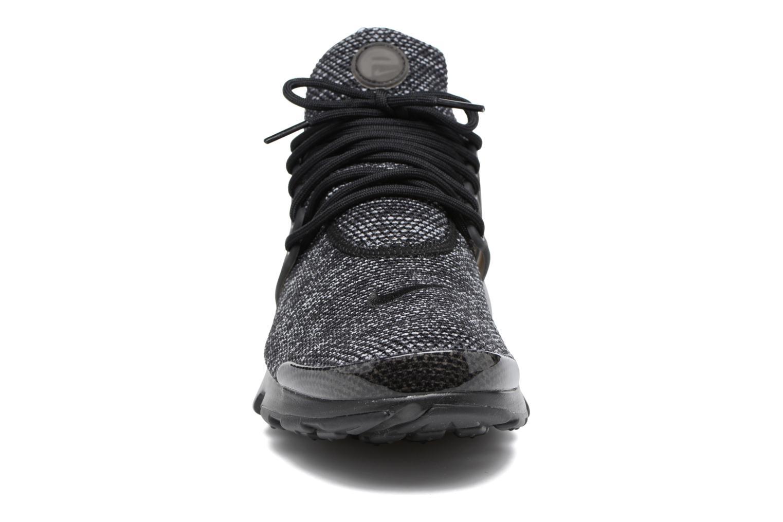 Baskets Nike Nike Air Presto Ultra Br Noir vue portées chaussures