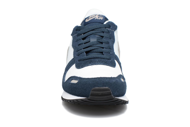 Sneakers Nike Nike Air Vrtx Azzurro modello indossato