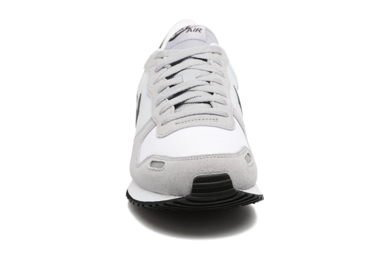 Sneakers Nike Nike Air Vrtx Grigio modello indossato