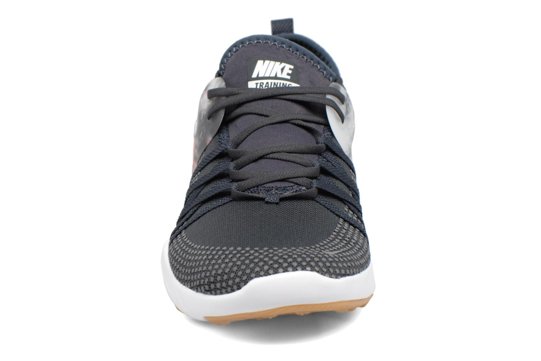 Chaussures de sport Nike Wmns Nike Free Tr 7 Gris vue portées chaussures