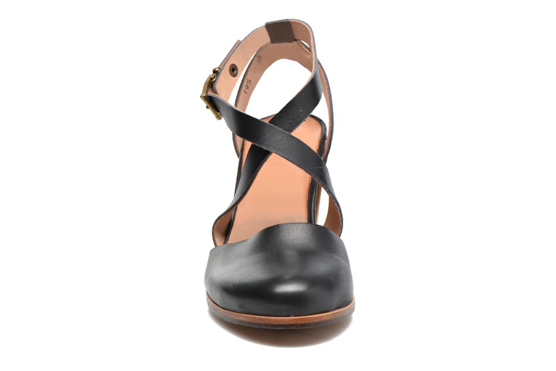 Sandales et nu-pieds Neosens Gloria S195 Marron vue portées chaussures