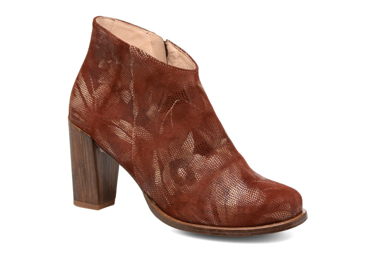 Ankle boots Neosens Gloria S553 Brown detailed view/ Pair view