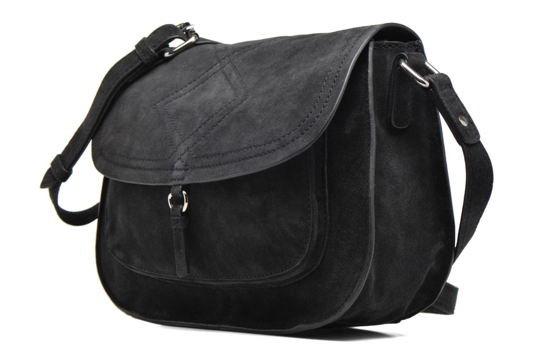 Sacs pochettes Pieces Mery Leather Cross Over Bag Noir vue portées chaussures