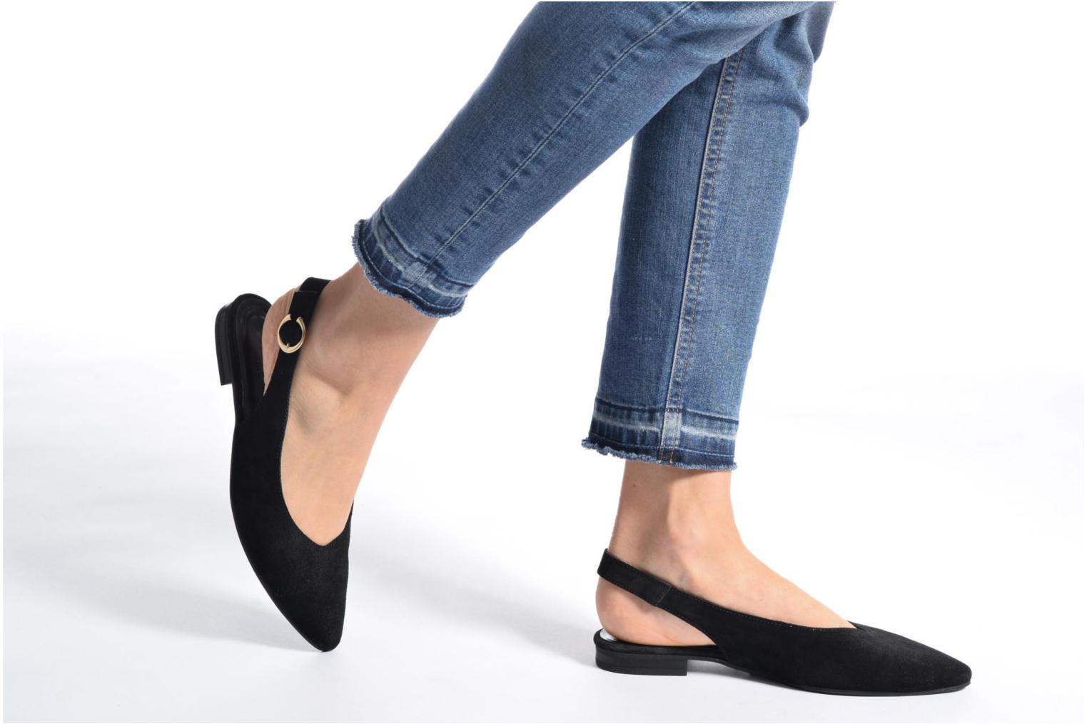 Ballerinas Pieces Pix Suede Shoe Black schwarz ansicht von unten / tasche getragen