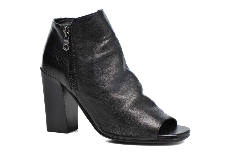 Ankle boots Elizabeth Stuart Marie Black detailed view/ Pair view
