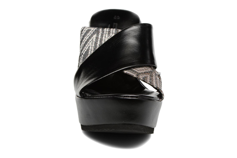 Sandales et nu-pieds Elizabeth Stuart Blinis 992 Noir vue portées chaussures