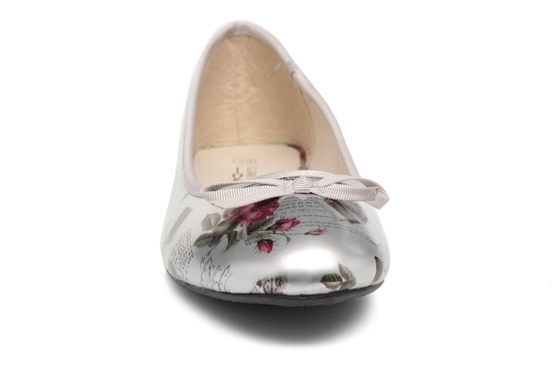 Ballerines Elizabeth Stuart Castel 850 Argent vue portées chaussures