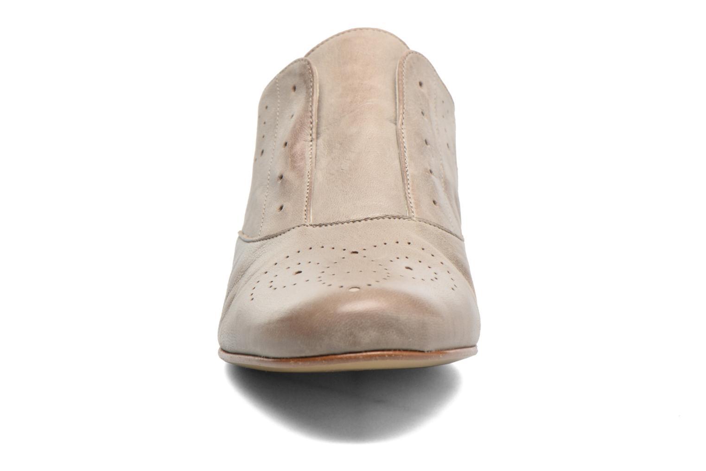 Chaussures à lacets Elizabeth Stuart Issy 390 Beige vue portées chaussures