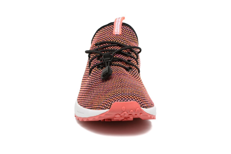 Sneakers Coolway Tahali Multicolore modello indossato