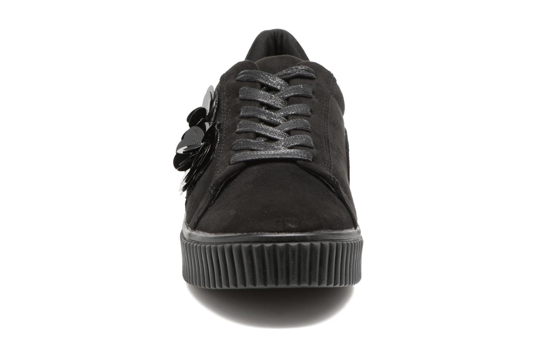 Sneakers Molly Bracken Black Flowers Nero modello indossato