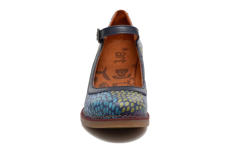 Escarpins Art ST TROPEZ 1070 Bleu vue portées chaussures