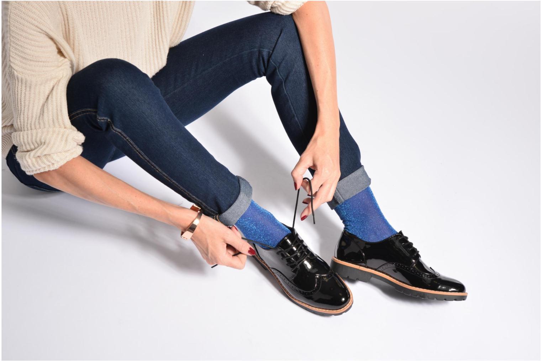 Schnürschuhe I Love Shoes FANELY schwarz ansicht von unten / tasche getragen