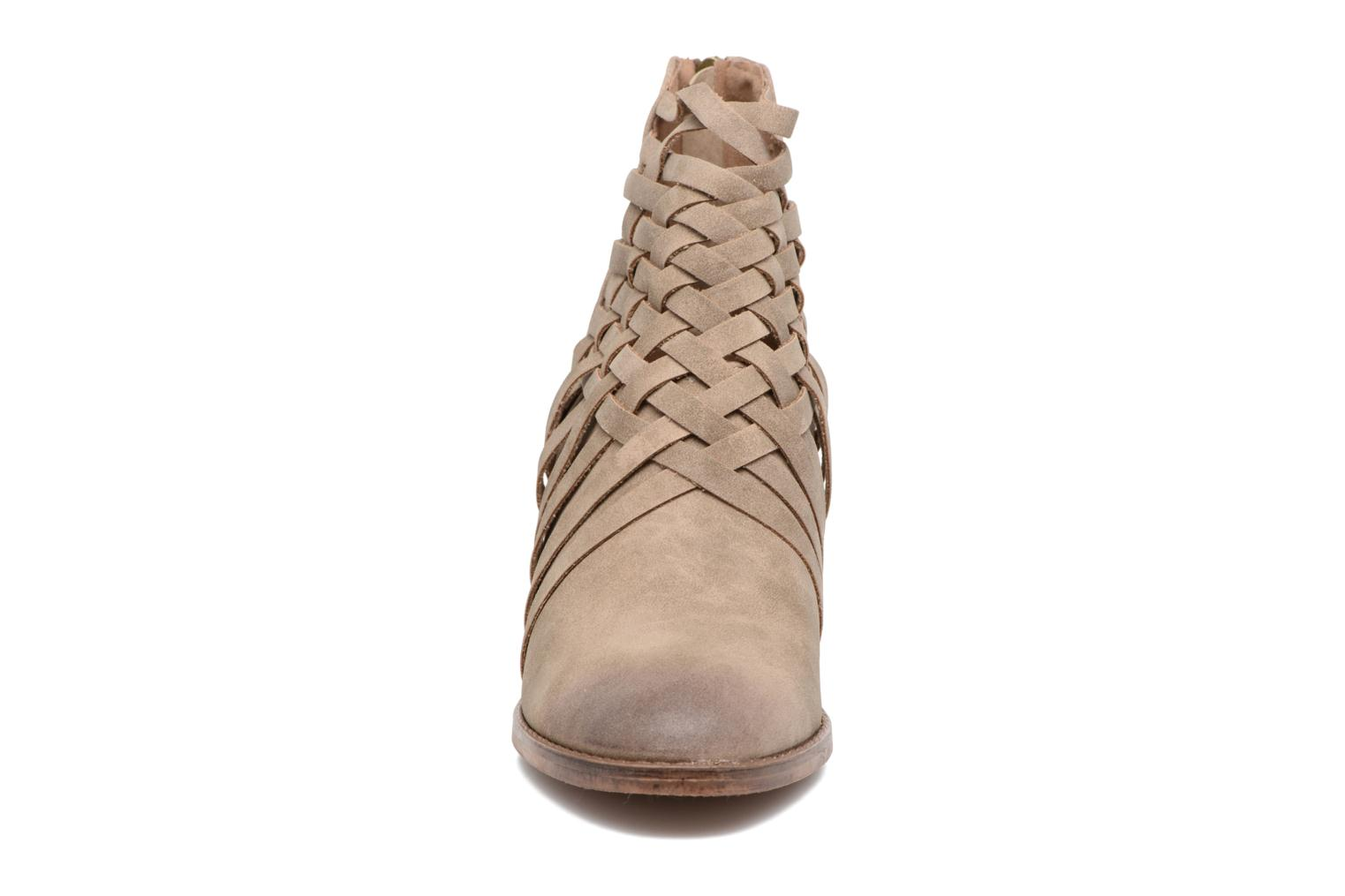 Frozen 51659 Taupe