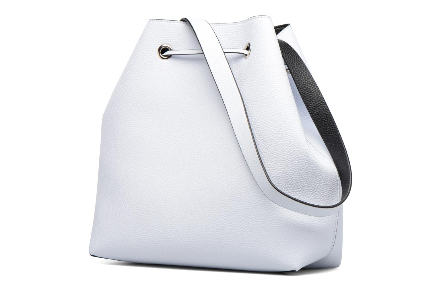 Handbags Guess Seau Reversible Patchs Bobbi Noir White view from the right