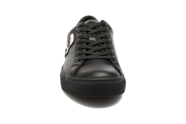 Sneakers Karl Lagerfeld Kupsole Karl Ikonik Lo Lace Svart bild av skorna på