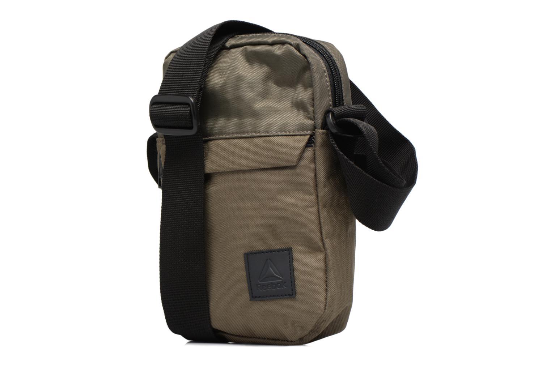 Borse uomo Reebok Style Found City Bag Beige modello indossato