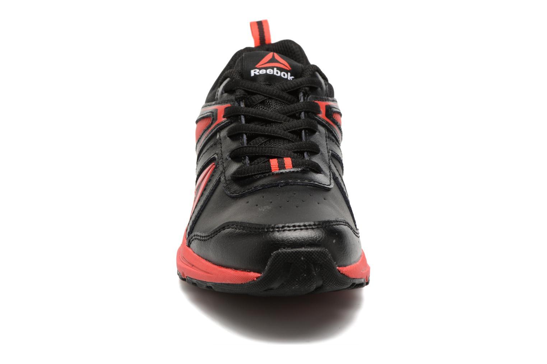Chaussures de sport Reebok Almotio 3.0 Noir vue portées chaussures