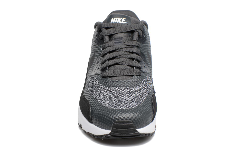 Baskets Nike Air Max 90 Ultra 2.0 Se (Gs) Gris vue portées chaussures