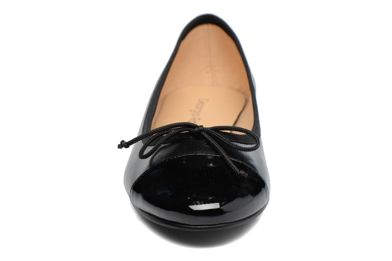 Ballerines Georgia Rose Sixties Noir vue portées chaussures