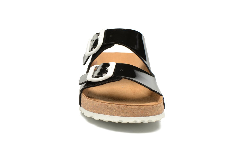 Mules et sabots El Naturalista Waraji NE60 Noir vue portées chaussures