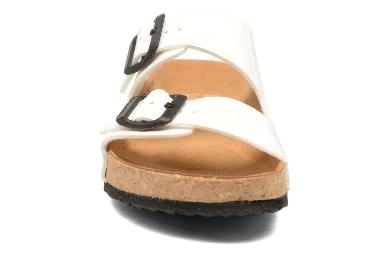Mules et sabots El Naturalista Waraji NE60 Blanc vue portées chaussures