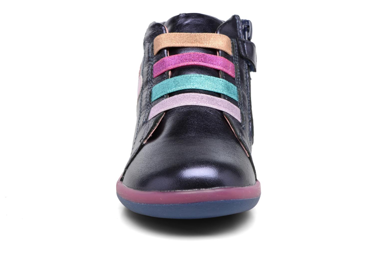 Baskets Agatha Ruiz de la Prada Butterfly Bleu vue portées chaussures