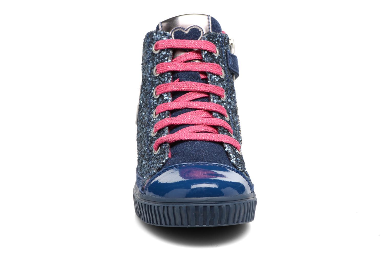 Sneakers Agatha Ruiz de la Prada Mini Lollipop 3 Azzurro modello indossato