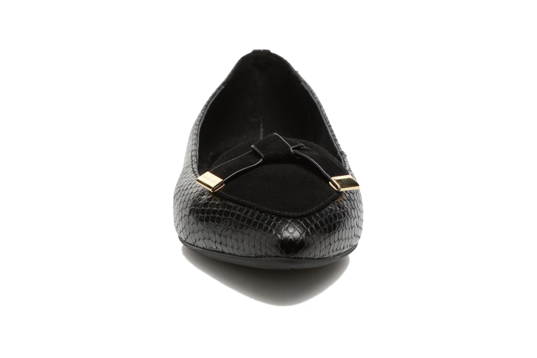 Ballerines Michael Michael Kors Rosie Flat Noir vue portées chaussures
