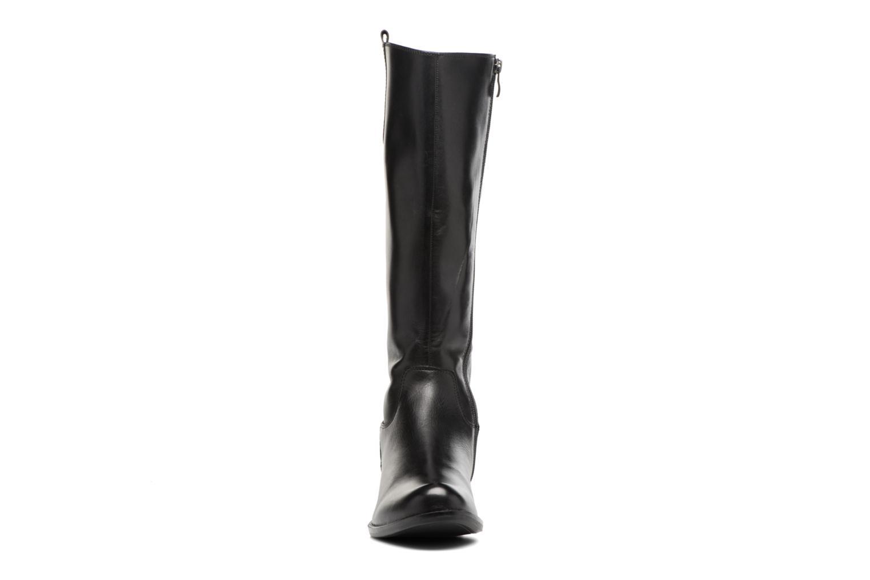 Bottes Caprice Sabrina Noir vue portées chaussures